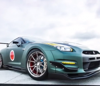 超カッコいい!ゼロ戦カラーに染め上げた「日産GT-R」のコラボカーが話題