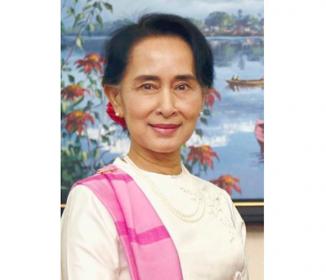 《ミャンマー》スー・チー氏「私が全て決定」 新大統領に「権限なし」
