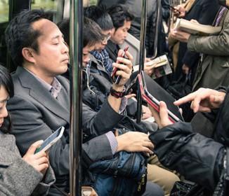 「警察に言われた言葉が一番ショック」電車内で暴行を受けた女性の悲痛な叫び