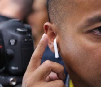 iPhone7と同時に発表された新型イヤホンがどう見てもうどん?!うどん県民が大喜びしそう