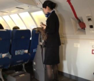 コックピットを開けようとした!「何をしたい?」米国人が機内で迷惑行為、ユナイテッド機が成田に着陸