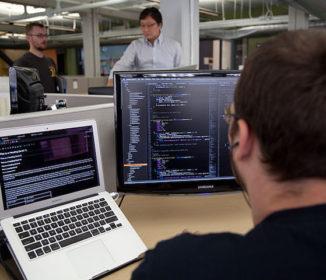 【悲報】プログラマー1年目のワイ、自社待機4か月目を迎える