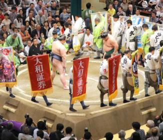 高須院長、激怒!西原理恵子さんと秋場所生観戦で懸けたはずの懸賞が…