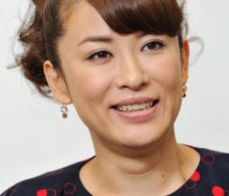 鈴木砂羽の土下座強要疑惑 共演女優が証言「そんな空気ではなかった」