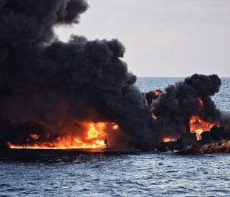 中国沖で沈没したタンカー 前代未聞の原油流出で生物に深刻な被害か