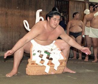 史上最低の「ダメ横綱」北尾光司氏の悪事と闘病 妻が人生初告白