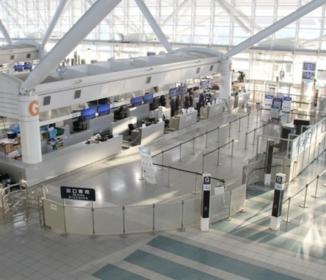 駆け込み帰国、送別会は中止「どうすればいいの」 中韓の在留邦人ら悲鳴