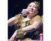 浜崎あゆみ、ライブへの招待メールで集めた「空席うめる」2800人のお値段